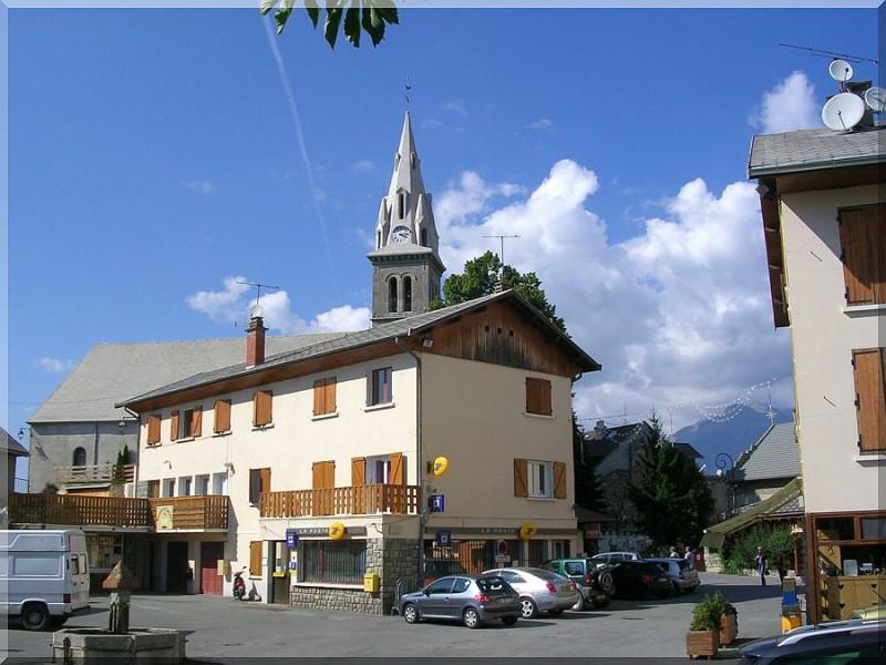 Ancelle-village.jpg