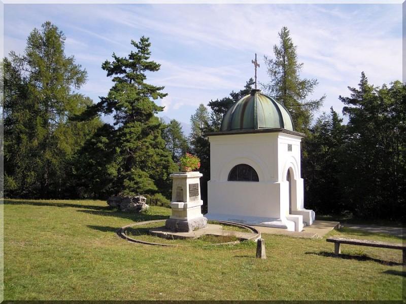 Cenotaphe-Notre-Dame-de-Bois-Vert.jpg