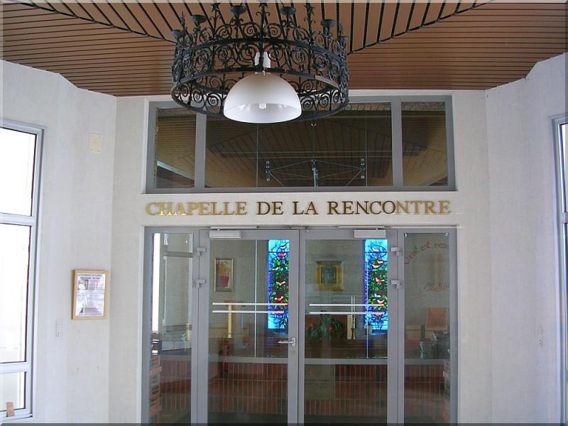 Chapelle-de-La-Rencontre-Salette.jpg