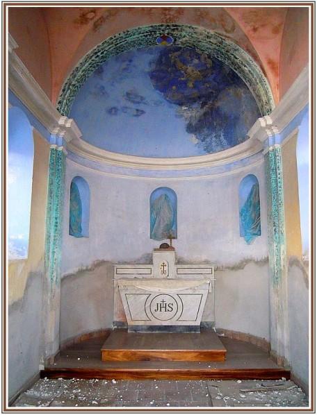 Chapelle-du-hameau-des-Aliberts.jpg