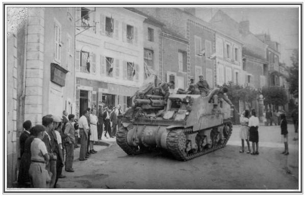 Char-americains-Corps-1944-Cadre.jpg