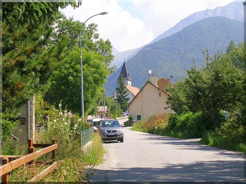 Chateau-d-ancelle-village.jpg