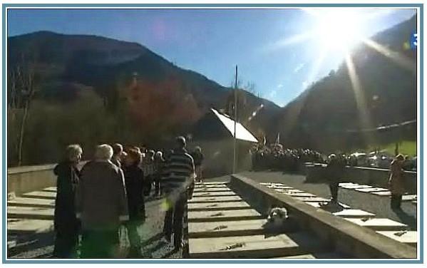 Commemorations--Obiou-13-novembre-2010-cimetiere.jpg
