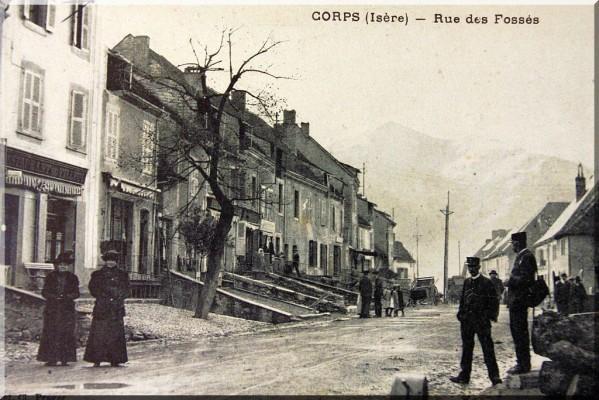 Corps-copie-2.jpg