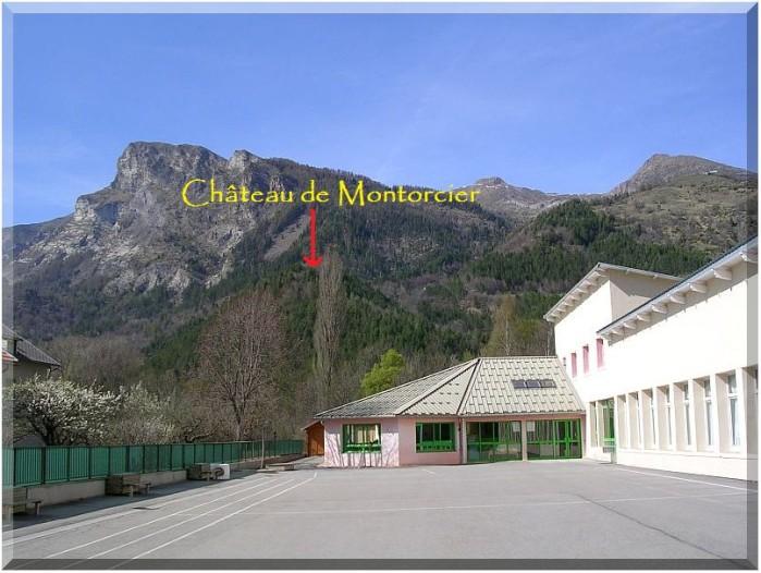 Ecole-de-Pont-du-Fosse.jpg