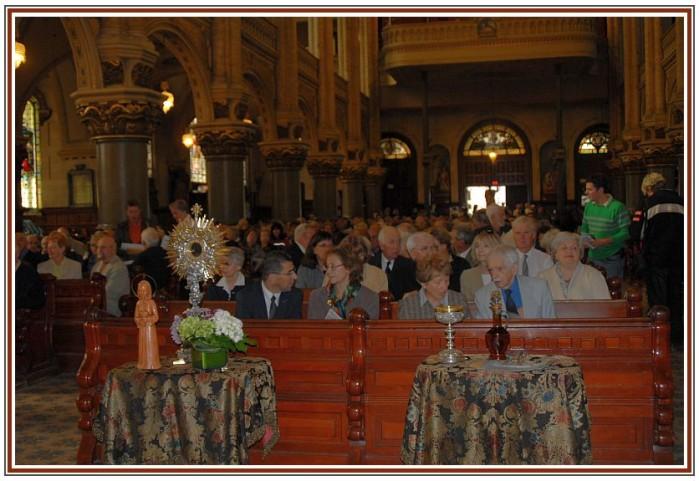 Eglise-Saint-jean-Baptiste-de-Quebec.-Commemoration-Obiou.jpg