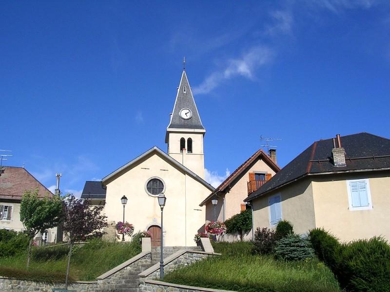 Eglise-de-Saint-Bonnet-en-Champsaur-copie-1.jpg