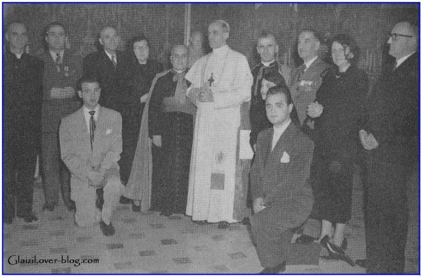 Groupe-p-lerins-canadiens-avec-le-Pape.j