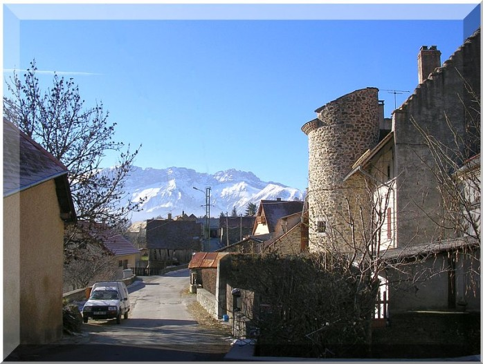 Hautes-Alpes-La-motte.jpg
