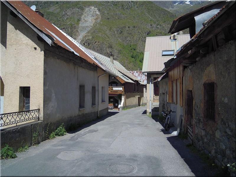 La-chapelle-en-Valgaudemar-2.jpg