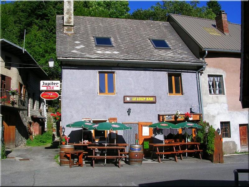 Le-loup-bar-villar-Loubiere-copie-1.jpg
