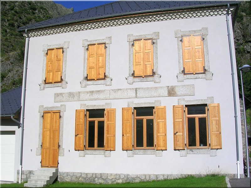 Mairie-Villar-Loubieres.jpg