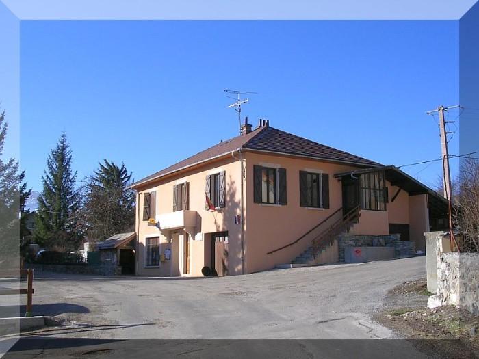 Mairie-de-La-Motte-en-Champsaur-copie-1.jpg
