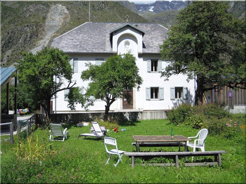 Maison-Parc-des-Ecrins.jpg