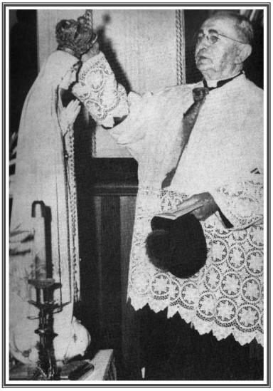 Monsignor-Jean-Eyraud-Vierge-marie.jpg