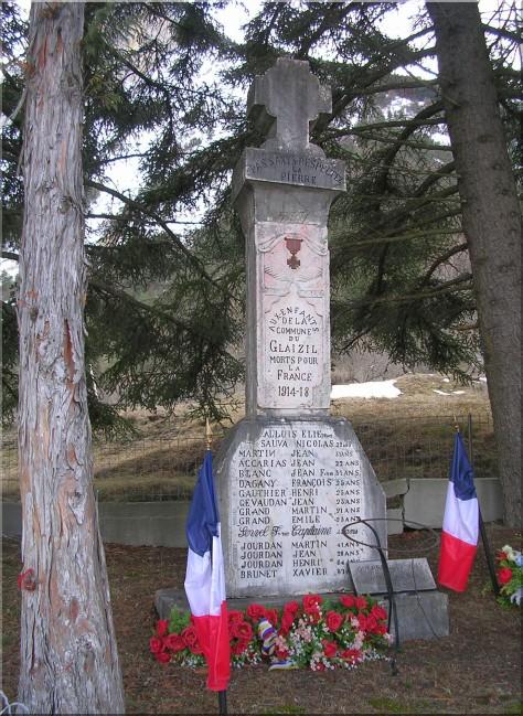 Monuments-aux-morts-Glaizil.jpg