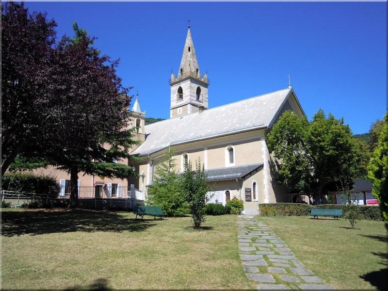 Notre-Dame-du-Laus-copie-1.jpg