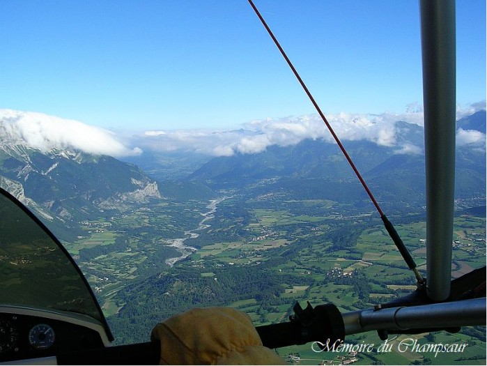 Photo-aerienne-vallee-Champsaur.jpg