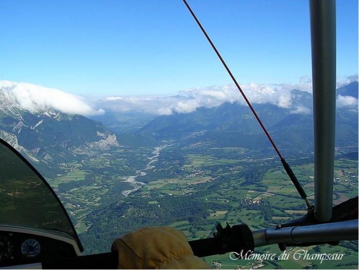 Photo-aerienne-vallee-Champsaur.jpg