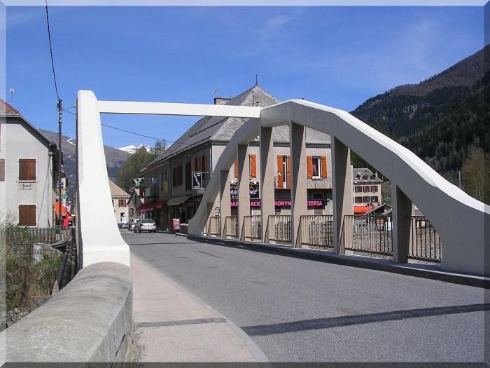 Pont-du-Fosse.jpg
