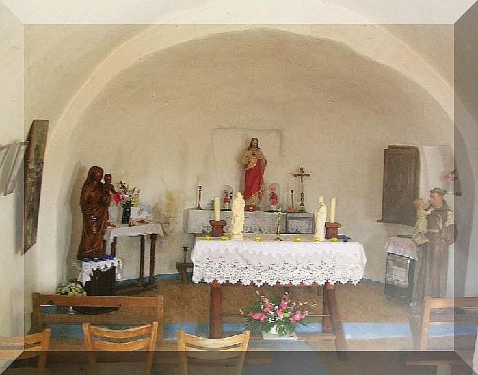 Pouillardencq-chapelle-copie-1.jpg