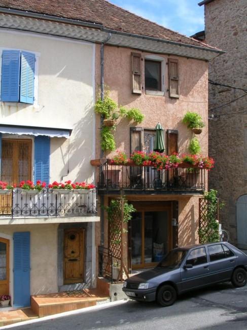 Rue-de-Eglise-a-Corps.jpg