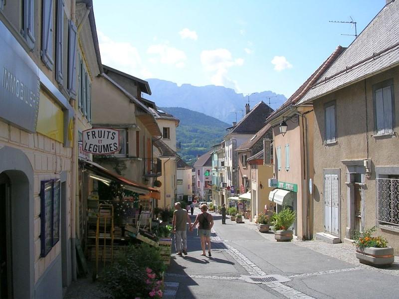 Rue-de-chaillol--saint-bonnet.jpg