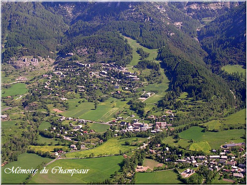 Saint-Michel-de-Chaillol.jpg