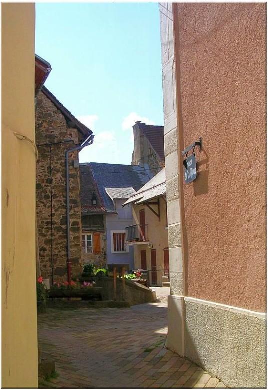St Bonnet rue de la Tour