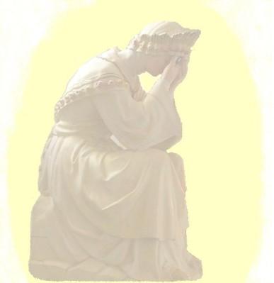 Statue Notre Dame de La Salette