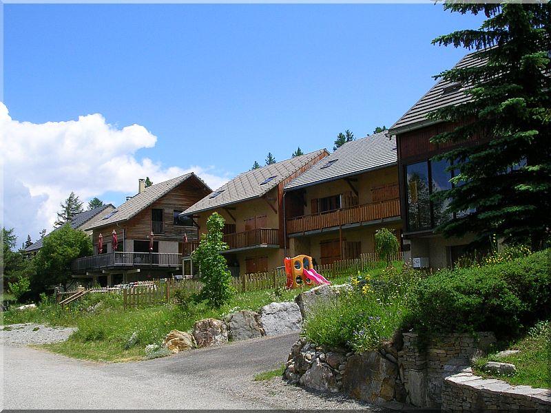 Village-Laye.jpg