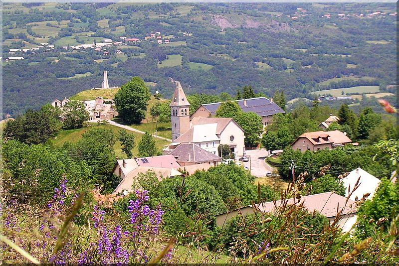 Village-laye-en-champsaur.jpg