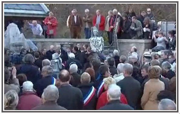 commemorations-obiou-13-novembre-2010-cimetiere--5.jpg