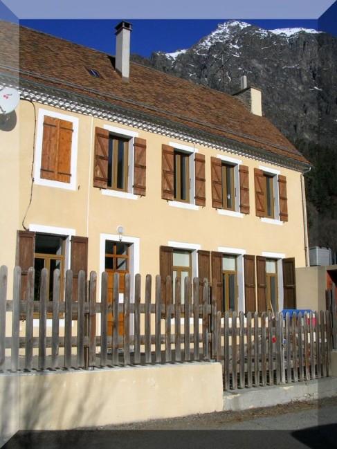 ecole-de-la-motte-en-Champsaur.jpg