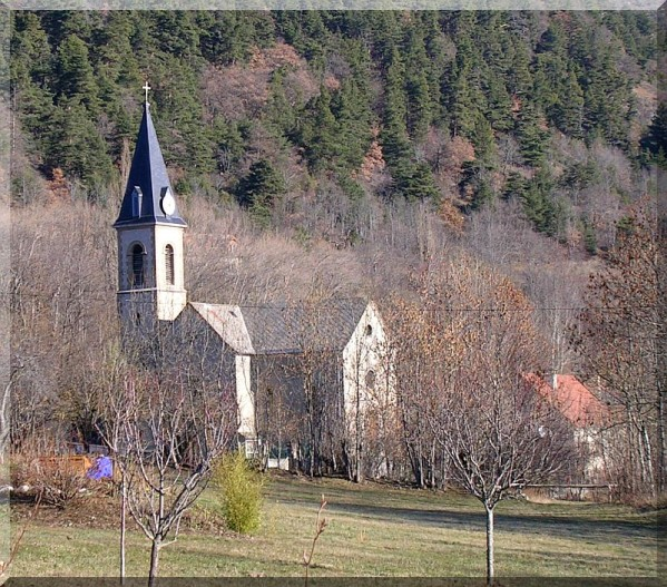 eglise-de-la-motte-en-champsaur.2.jpg