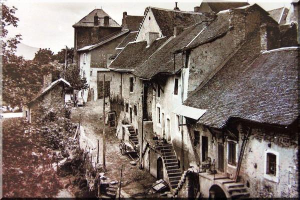 rue-de-LARA-a-Corps.jpg