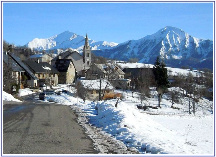 village-Chaillol.jpg